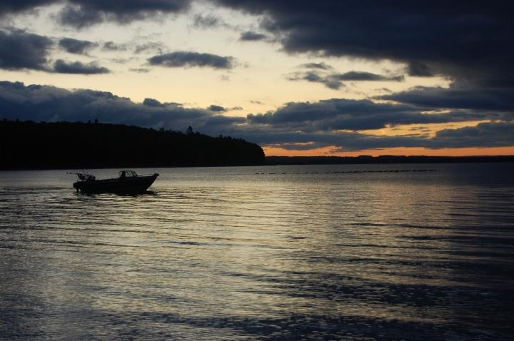 10-14-13 hazerot boat